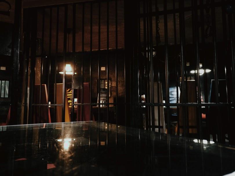 Lockup restaurant sushant lok gurgaon